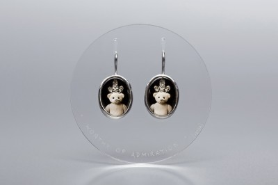 dignus-adorari-teddy-bear-earrings-verba