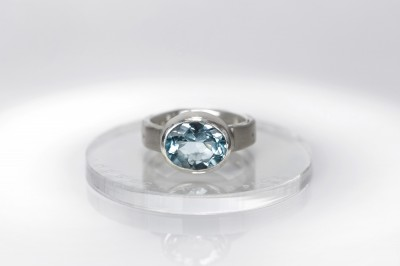 splendor-blue-topaz-ring-verba