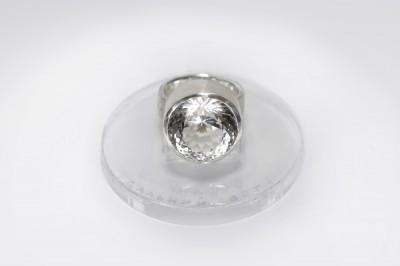 splendor-lumen-lungum-rock-crystal-verba-ring